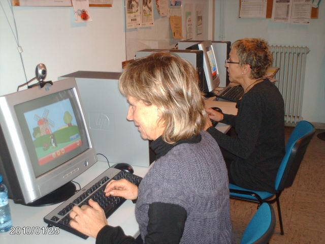 Dones del curs d'internet del matí