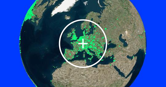 Globus terraqüi amb punts vers que representen les emissores de ràdio