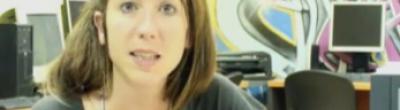 L'educadora Eva en un moment del vídeo