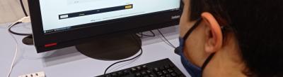 Alumnes de l'IES Valira arpenen eines bàsiques de les TIC