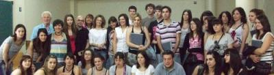 Foto de grup de l'alumnat de la Universitat de Salamanca durant la visita